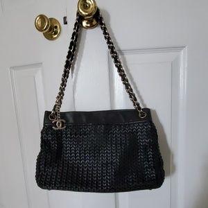 Chanel woven leather shoulder bag